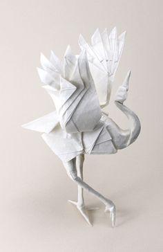 https://flic.kr/p/dxsKXg | dancing crane | Diagram by Robert J. Lang. Folded by me. Lim Liang paper. Size: 50 x 50 cm.