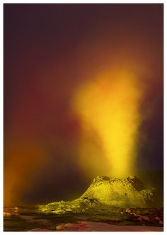 Castle Geyser at Night by *Ian-Plant