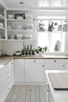 First Class upgraded modern kitchen design must dos you could check here Fall Kitchen Decor, Kitchen Dining, Kitchen Cabinets, Kitchen Ideas, Dining Room, White Kitchen Interior, White Home Decor, Modern Kitchen Design, Cool Kitchens