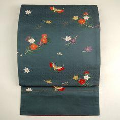 Gray, silk fukuro obi / 街着のお洒落に。【袋帯】正絹/グレー/灰色地/楚々とした花蝶柄/六通 【リサイクル着物 通販 古着 あい山本屋】【あす楽】【コンビニ受取対応商品】【中古】 http://www.rakuten.co.jp/aiyama #Kimono #Japan #aiyamamotoya