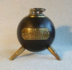 English handgrenade lighter