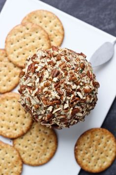 Savory Cheese Ball | www.bakeyourday.net