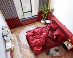 51 Red Bedrooms With Tips And Accessories To Help You Design Yours Red is passionate, so why not use it to bring some heat into your bedroom decor scheme. When red decor is teamed with white it becomes crisp and sharp. Red Bedroom Walls, Red Bedroom Design, Red Bedroom Decor, Bedroom Wall Colors, Red Walls, Red Bedrooms, Bedroom Ideas, Red Feature Wall, Feature Wall Bedroom