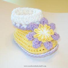 Crochet Baby Booties so cute...