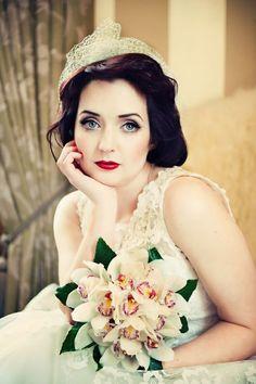 Classical bouquet and flower like bride #bouquet #weddingbouquet