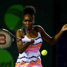 Venus Williams Rocks a Curly Puff on the Tennis Court