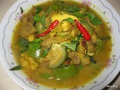 Welcome to Tevy's Kitchen: Cambodian Beef sour Soup (Somlor Machou Kroeung)