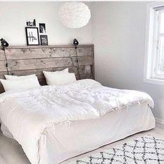 Tête de lit bois.