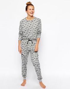 Chelsea Peers | Chelsea Peers Zebra Lounge Top & Lounge Pants Set at ASOS