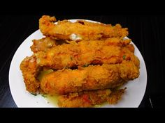 DEEP FRIED KING CRAB LEGS 🦀 + HOW TO MAKE AMAZING FRIED CRAB + PERFECT FOR MUKBANG - YouTube Fried Crab Sticks Recipe, Fried Crab Legs Recipe, King Crab Recipe, Seafood Boil Recipes, Crab Recipes, Appetizer Recipes, Appetizers, Low Carb Dinner Recipes, Cooking Recipes