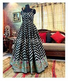 NEW DESIGN IN UR WARDROBE, PRESENTING STYLISH AND GORGEOUS DESIGNER GOWN. GOWN:- HEAVY GOTA ZARI SILK. WORK:- DIGITAL PRINT. FLAIR:- 5 MTR. Designer Party Wear Dresses, Indian Designer Outfits, Designer Gowns, Indian Outfits, Designer Wear, Party Dresses, Indian Clothes, Long Dress Design, Stylish Dress Designs