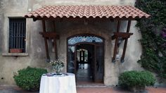 Entrance for guests