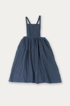 Beautiful pinafore dress with full skirt. Apron Dress, Dress Up, Knot Dress, Wrap Dress, Pretty Outfits, Cute Outfits, Look Blazer, Hijab Style, Magnolia Pearl