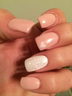 Simple pretty nails. Good for Valentine's Day