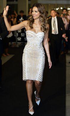 Jessica Alba Strapless Dress - Strapless Dress Lookbook - StyleBistro