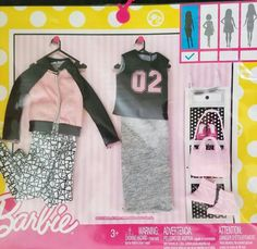Sewing Barbie Clothes, Barbie Clothes Patterns, Barbie Doll House, Barbie Dolls, Cute Squishies, Unicorn Room Decor, Barbie Food, Barbie Doll Accessories, Barbie Birthday