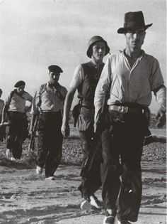 Catalonia, Spain. Republican soldiers near Barcelona. By Robert Capa, (August-September 1936)