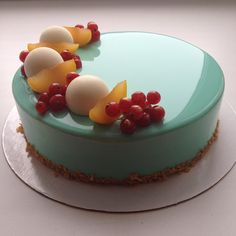 Diabetes never looked this good.  The pastry chef uses gelatin to make the glaze…