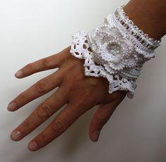 White Schmuck weiße Blume häkeln Armband gehäkelt von stasiSpark