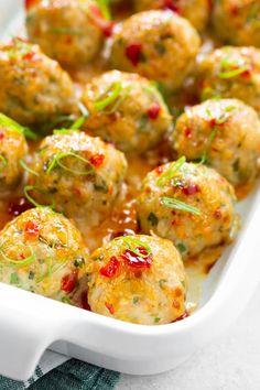 Chicken Thigh Recipes Oven, Chicken Meatball Recipes, Ground Chicken Recipes, Ground Turkey Recipes, Baked Chicken Recipes, Oven Chicken, Recipes With Chicken Meatballs, Chicken Meatloaf, Chicken Balls