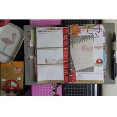 Hello Kitty Week 41 Filofax theme decorations. If your planner is cute, you'll use it more!