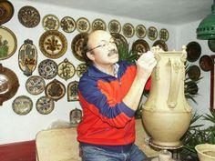 Gonda István fazekas, népi iparművész - Mezőtúr - Alföld. Hungary Folk Art, 1, Pottery, Ceramics, Traditional, Design, Ceramica, Ceramica, Popular Art