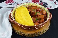 Tocanita de pui - CAIETUL CU RETETE Romanian Food, Romanian Recipes, Jacque Pepin, Ratatouille, Cornbread, Dinner, Ethnic Recipes, Tattoo, Fiestas