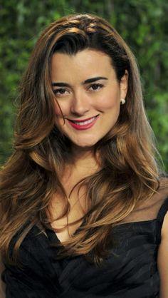Cote de Pablo, Ziva David from NCIS. Love her, miss her.