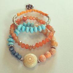 #zowiecreations Siguenos instagram & facebook  #bracelets #pulseras #combination #orange #anaranjado #blue #azul #jewelry #pr #handmade