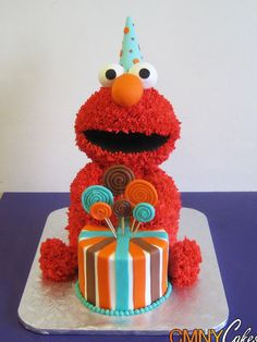 Elmo Birthday Cake-- Kristin lee I want to do something like this for Logan's birthday. Think you could help me.