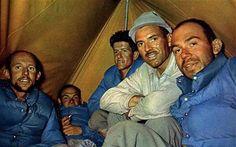 Maurice Herzog  con su equipo de Annapurna: Louis Lachenal, Jacques Oudot, Rebuffat Gaston y Marcel Schatz.