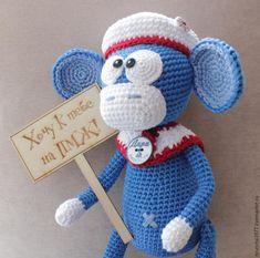 Предлагаю связать вот такую смешную обезьянку. Ее смогут связать даже новички в освоении вязания игрушек амигуруми. Приятного вязания :) Сразу небольшая просьба. Мастер-класс можно использовать, но не копировать, давайте ссылку на мой мастер-класс здесь, указывайте автора игрушки Иванова Анастасия. Спасибо :) Нам понадобятся: - нитки Лили (я вяжу в две нитки) три цвета; - крючок 3,0, крючок 1,75;…