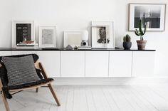 Scandinavian-home-with-a-modern-monochrome-interior_3