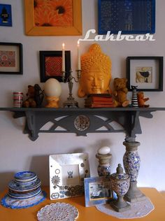 Lakbear has shared 1 photo with you! Entryway Tables, Furniture, Photos, Home Decor, Historia, Pictures, Decoration Home, Room Decor, Home Furnishings