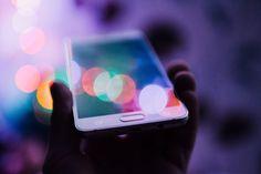 Au quotidien j'utilise plusieurs applications que je trouve très utiles. Du matin au soir nous sommes sur notre téléphone, alors au delà des applications réseaux sociaux que nous utilisons (souvent bien trop), nous pouvons tout à fait optimiser cette technologie pour améliorer notre vie ! Voici quelques unes de mes préférées que vous pourrez consulter si le coeur vous en dit. Développement personnel : Petit bambou Cette application est top pour débuter la méditation. Avec des séances de…