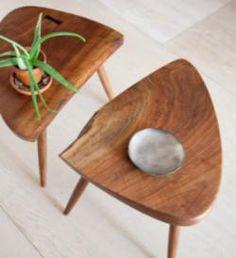 Mesa lateral de madeira triangular rústica - conjunto - Loja de Móveis de Madeira Maciça. Moveis Rusticos