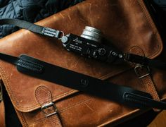 TAP & DYE – LEGACY Classic Wide Camera Strap Nero