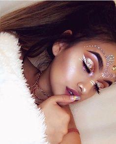 Coachella make-up look ❤ Makeup Art, Makeup Tips, Beauty Makeup, Makeup Ideas, Gypsy Makeup, Exotic Makeup, Fairy Makeup, Makeup Trends, Hippie Makeup