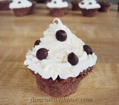 Flour Me With Love: Chocolate Mousse Tarts