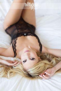 H's Boudoir Vixen Shoot » The Boudoir Vixen :: a boudoir blog by Courtney Dellafiora