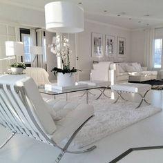 "252 Likes, 8 Comments - Instakodit.fi (@instakodit) on Instagram: ""Viettelevä valkoinen - Beauty of white - @marinurmin  #livingroom #sisustus #koti #white #homedecor…"""