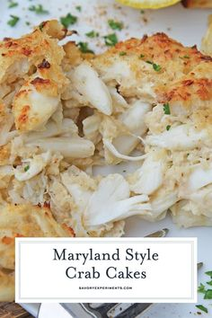 Maryland Crab Cakes are made with jumbo lump crab meat with little filler Dijon mustard and Old Bay Seasoning plus secrets to making authentic Chesapeake crab cakes Crab Cake Recipes, Fish Recipes, Seafood Recipes, Dinner Recipes, Cooking Recipes, Healthy Recipes, Seafood Appetizers, Crab Cakes Recipe Best, Lump Crab Meat Recipes