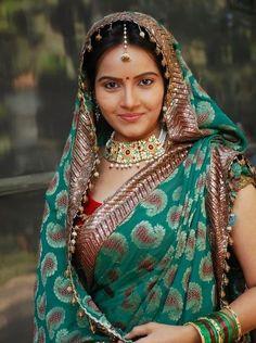 Bridal Looks, Bridal Style, Indian Actresses, Actors & Actresses, Vidya Balan Hot, Sexy Wife, Most Beautiful Indian Actress, Beautiful Saree, Hottest Photos