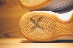 NIKE KOBE 10 EXT (WHITE/GOLD/GUM) - Sneaker Freaker