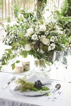 # Vress et Rose # Wedding # white #banqet # natural# Flower # Bridal # ブレスエットロゼ #ウエディング# ホワイト#グリーン#バンケット# ブーケ# ナチュラル#小花# ブライダル#結婚式