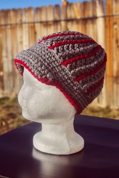 Manda Nicole's Crochet Patterns: Eccentric Beanie