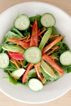 This quick salad recipe will have you glowing!  #ShapeTrainer #Lifestyle #Exercise #Nutrition #Supplements #7WBT