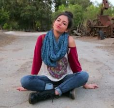 Outfit by Bethany Mota. Youtube channel: Macbarbie07 Baseball tee, infinity scarf, ripped skinny jeans, Doc. martens, high bun