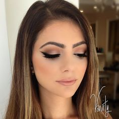 soft smokey eye & black winged liner ~ we ❤ this! moncheribridals.com