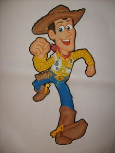 Woody entre #ToyStory Disney Pixar, Walt Disney, Woody, Toy Story, Scooby Doo, Birthday, Crafts, Fictional Characters, Art